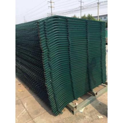 河北东联浸塑铁线框防护网铁路框架隔离围栏网