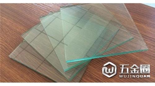 2019年中国平板玻璃行业经营现状 建筑玻璃前景广阔