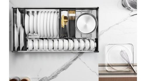 总嫌厨房空间小?让你高效利用橱柜收纳打造厨房大空间